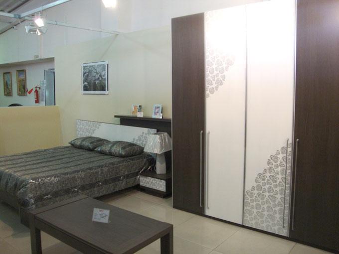 Купить спальные гарнитуры, шкафы, журнальный стол серии Миа в Улан-Уде